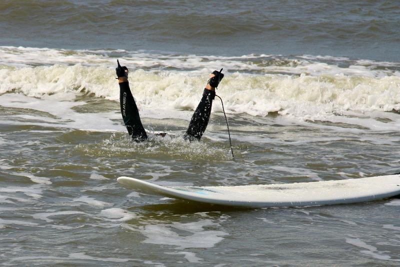 high-heel-surfing-7