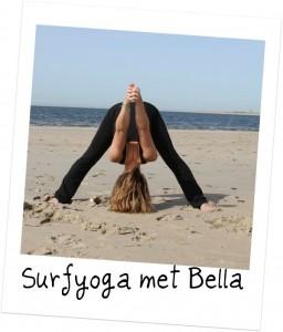Surfyoga met Bella bij Surfschool Karavaan